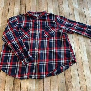 Old Navy Women's plaid button down flannel shirt